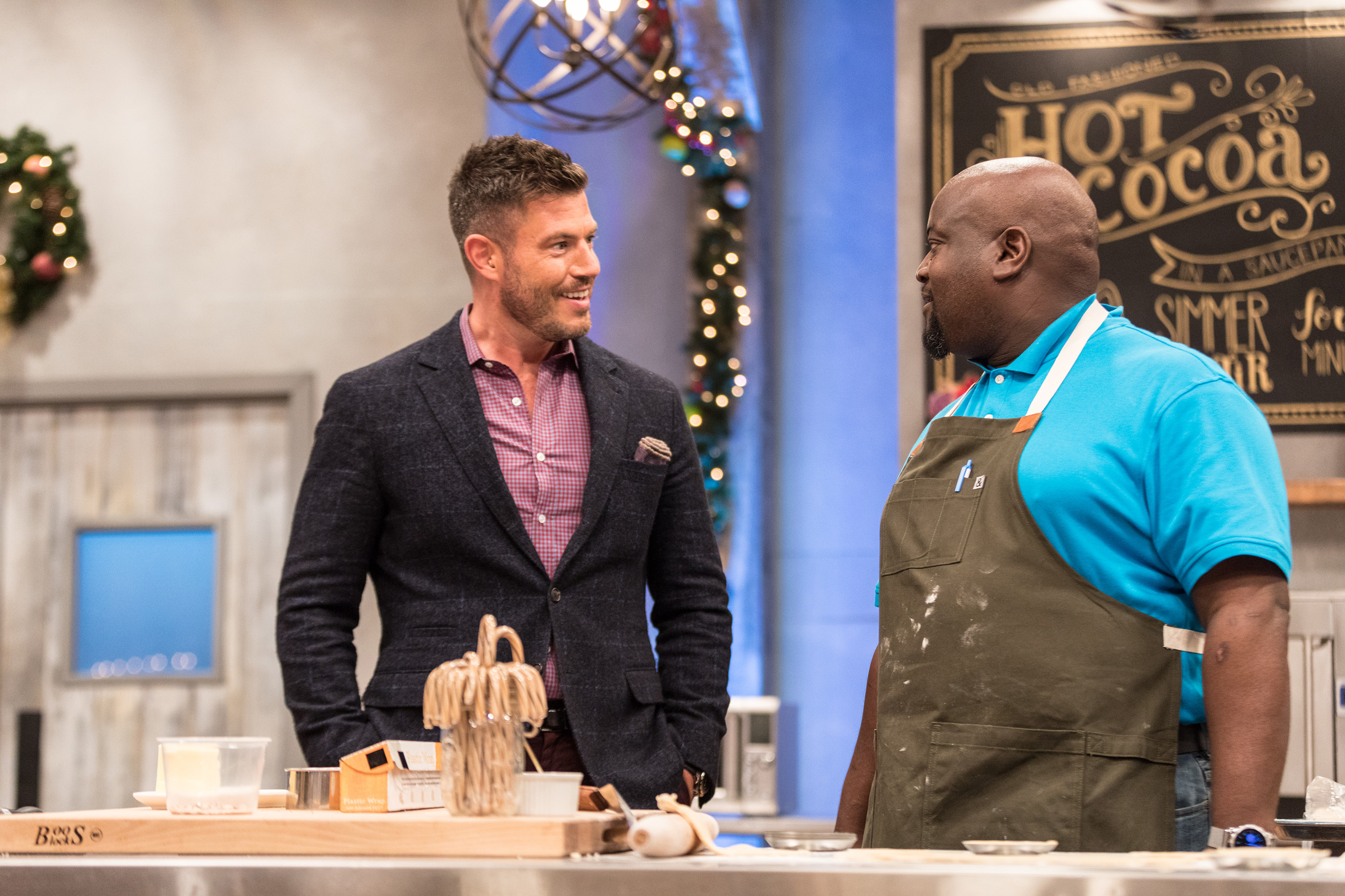 Food Network Announces Holiday Programming With Baking And Cookie